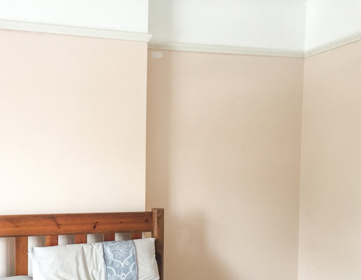 Leesa-Mattress-review--before-and-after-bedroom---eygptian-cotton-renovation-thebeautytype.com-