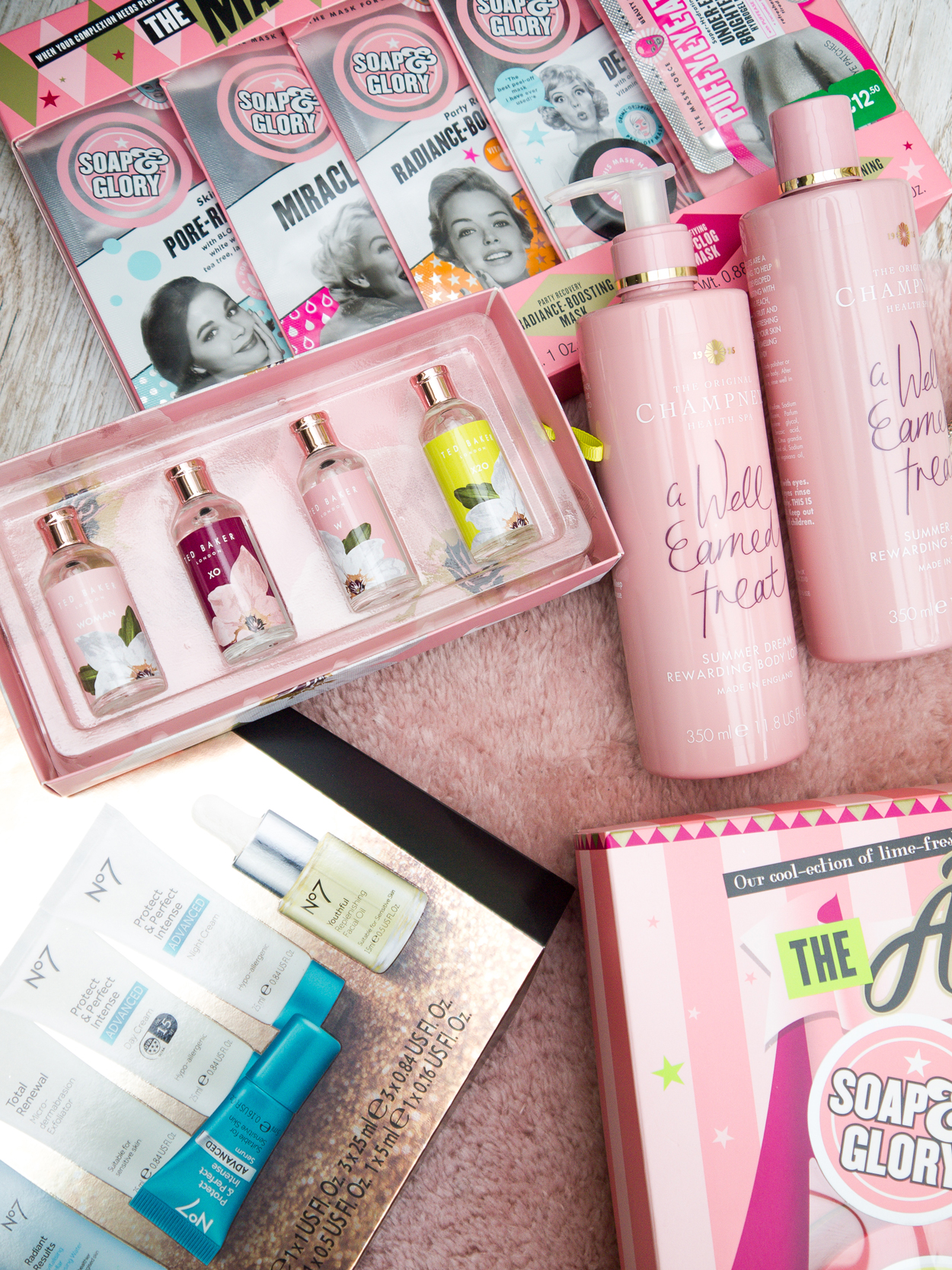 The Beauty Type Career Well Being and Lifestyle, Beauty Blog - Northamptonshire Cambridgeshire blogger - Christmas January Sales Beauty Haul from Boots including No7, Soap and Glory and Champneys, Ted Baker.